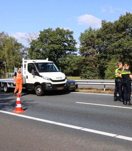 Ongeluk met twee auto's op A67 bij Lierop, één persoon gewond