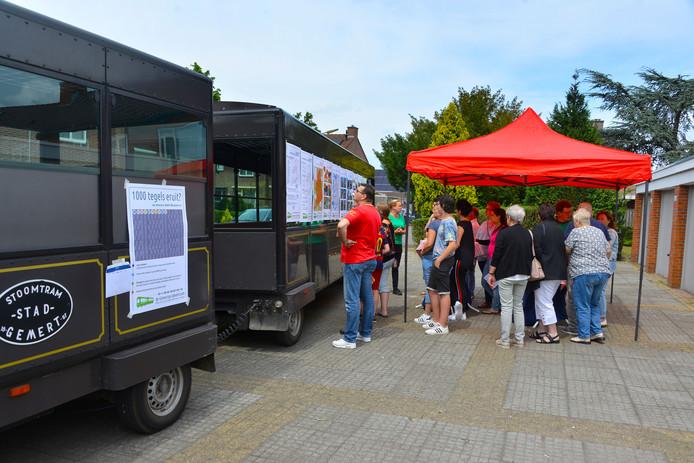Bewoners van de presidentenbuurt in Gemert leveren ideeën voor de toekomst van hun leefomgeving.