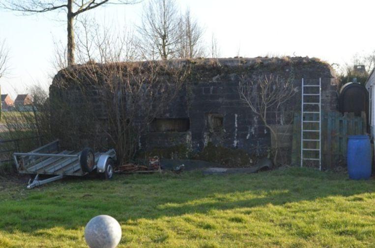 De Duitse bunker langs de Oude Burggrave voor hij gesloopt werd.