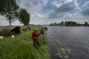 Buitenlandse vissers zouden voor overlast bij bewoners van het Ganzendiep zorgen.