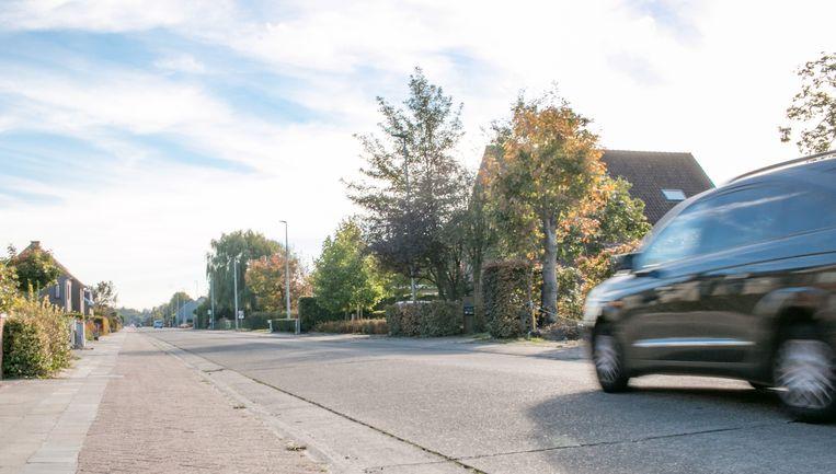 In de lange, kaarsrechte Nauwstraat komt er wél een snelheidsbeperking van 50 km/u.