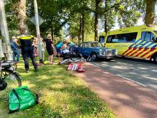 Scholier op fiets botst met auto bij verlaten Het Rhedens