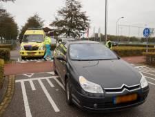 Scooterrijder gewond door botsing met auto in Waalwijk