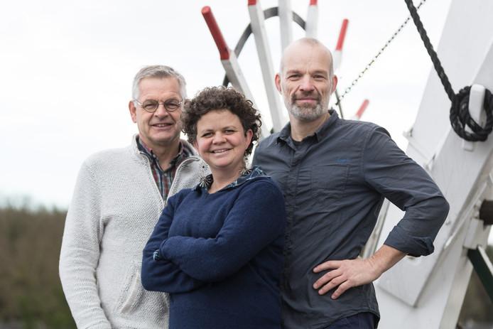 De topdrie van de kandidatenlijst van GroenLinks in de gemeente Olst-Wijhe (vlnr): Hans van Polen, Miriam Zijp en Ferdi Hummelink.