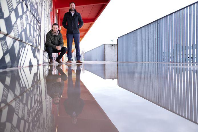 MECHELEN - Nico Nobels en Niki De Prycker organiseren Achterwerk, een afterwork concept dat plaatsvindt in De Loods