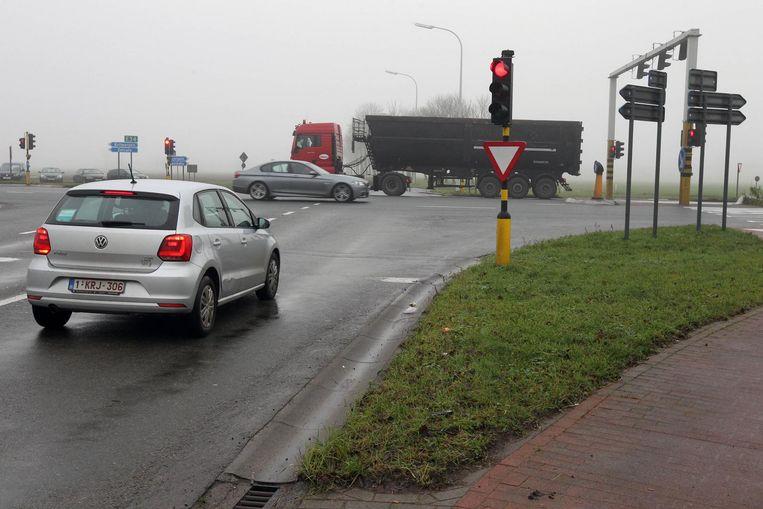 Het gevaarlijk kruispunt van de N49 in Kaprijke moet het langst wachten. Pas tegen 2022 komt daar een nieuw afrittencomplex in de plaats.