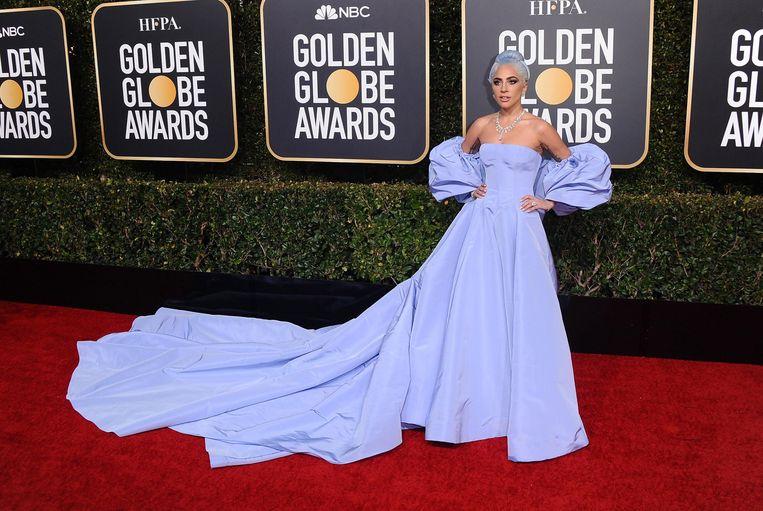 Lady Gaga op de rode loper van de Golden Globes.