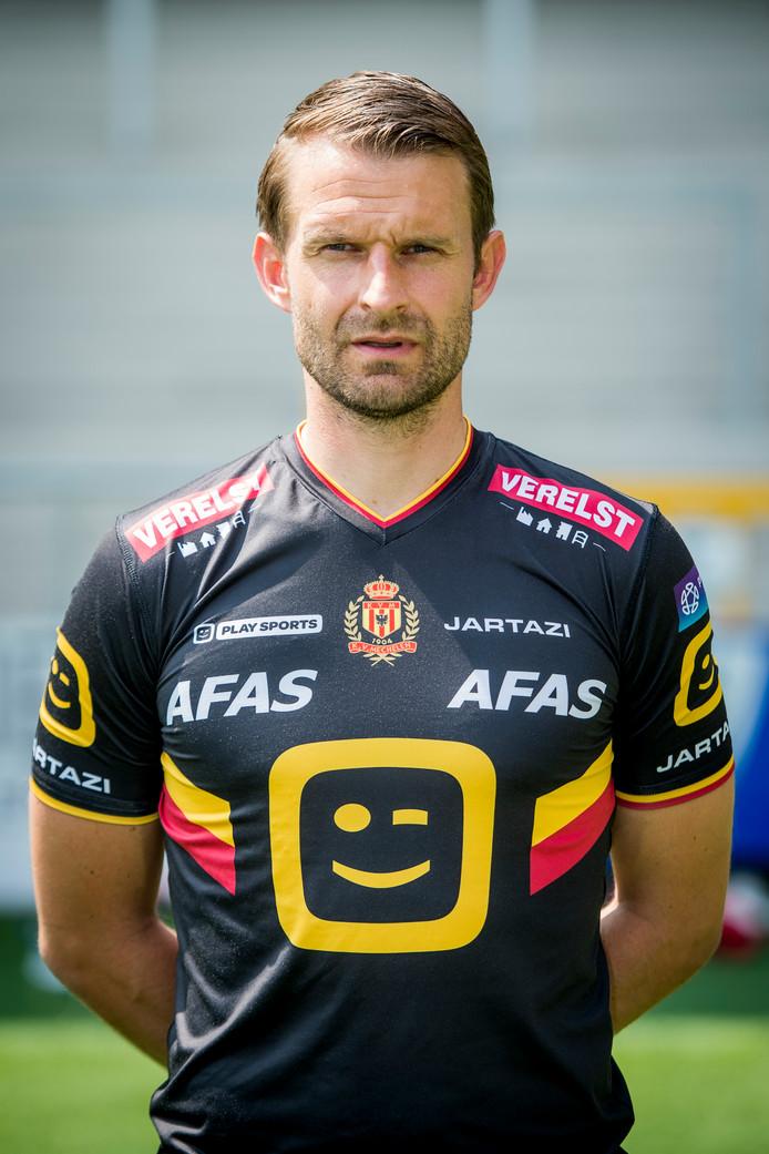 Bram Castro in zijn nieuwe tenue bij KV Mechelen.