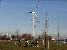 Mogelijk in 2020 twee nieuwe windmolens langs het water