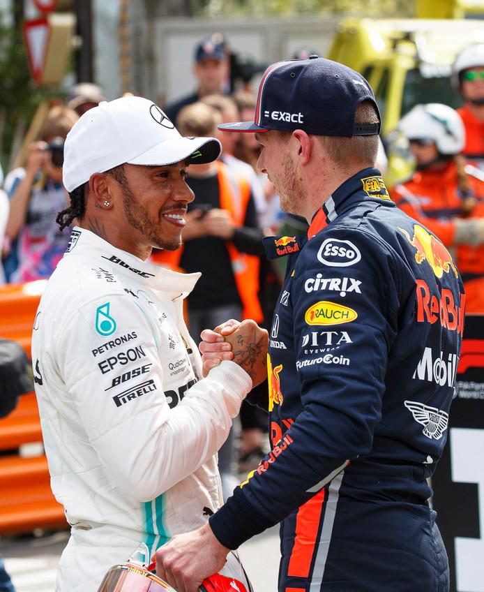 Lewis Hamilton (l) en Max Verstappen