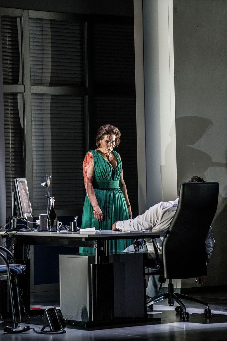 Kari Postma als Floria Tosca in Tosca.  Beeld Nederlandse Reisopera