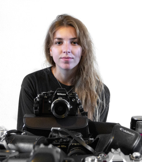 Joia uit Eindhoven plaatste oproepje en werd overspoeld met analoge camera's