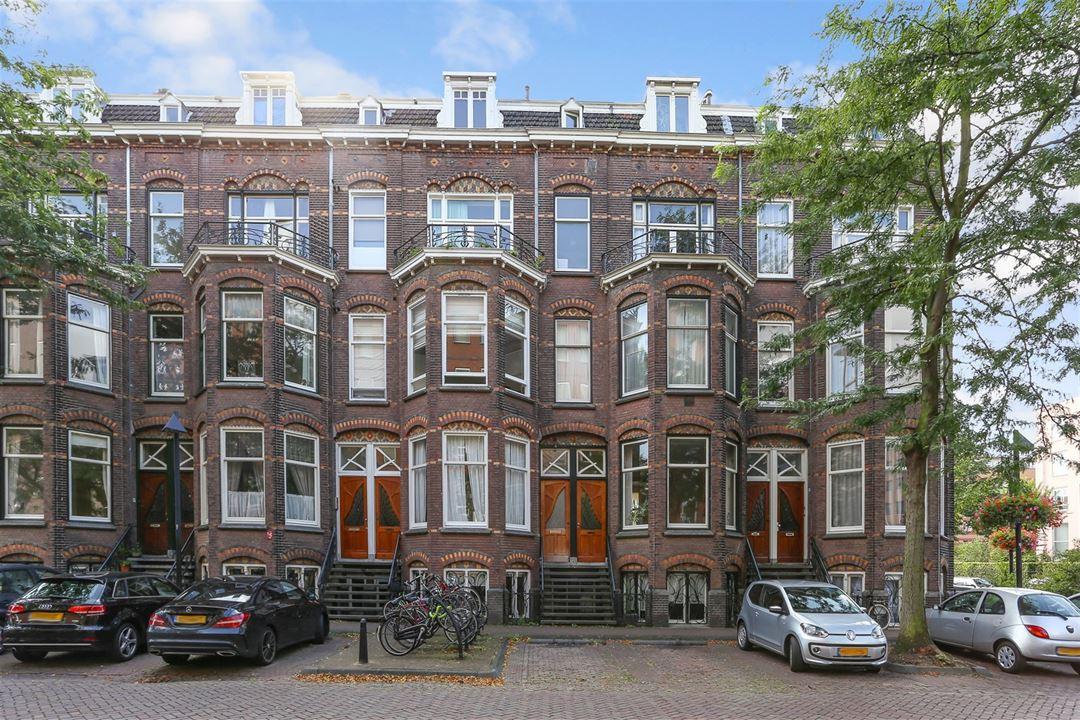 De buienkant van de woning aan de Nicolaas Beetsstraat in Utrecht.