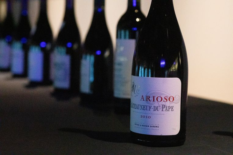 Wijnhandelaar Toni Etneo organiseerde zondag samen met de mensen achter het project 'Grapes House of Wines' een unieke wijndegustatie.