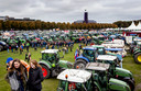Boeren staan met hun tractoren op het Malieveld. Belangenbehartiger LTO Noord riep op tot het boerenprotest en eist een opschorting van de beleidsregels rond stikstof.