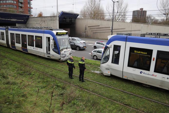 kop-staart botsing in Leidschendam bij de Noordsingel tussen twee trams