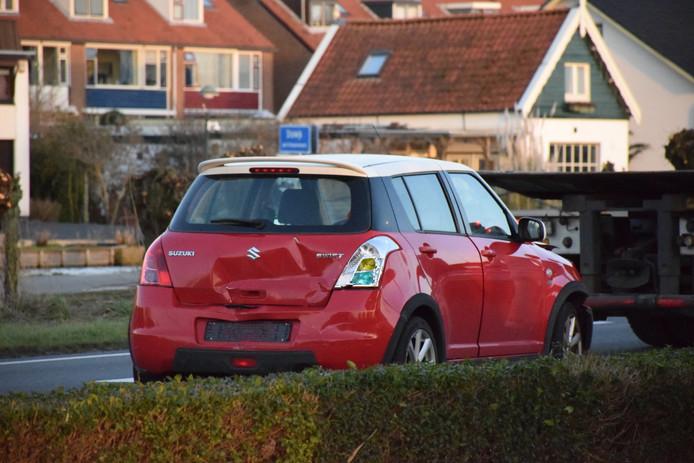 Een van de auto's die was betrokken bij de kettingbotsing in Stolwijk