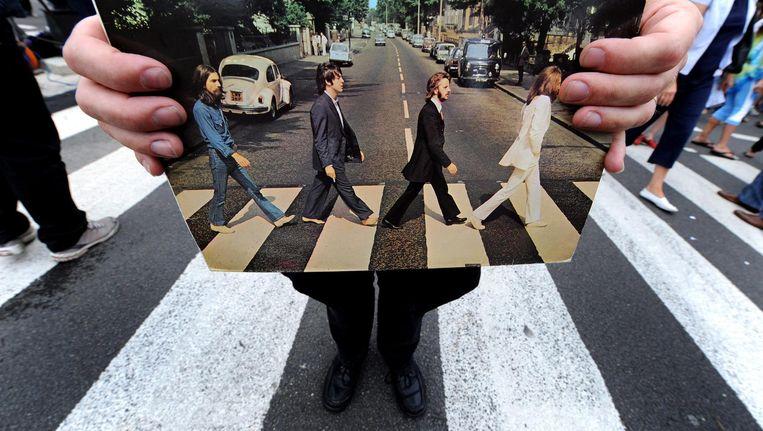 Doel van The Analogues is om alle albums van The Beatles van begin tot eind live te spelen. Beeld anp