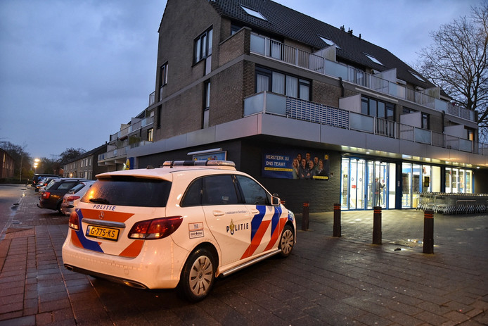 Gewapende overval op Lidl in Tilburg.