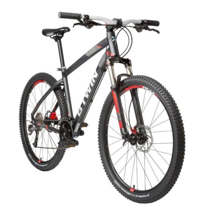 e99214984a3 Decathlon waarschuwt dat twee fietsen die zij verkopen niet aan de  standaardeisen voldoen.