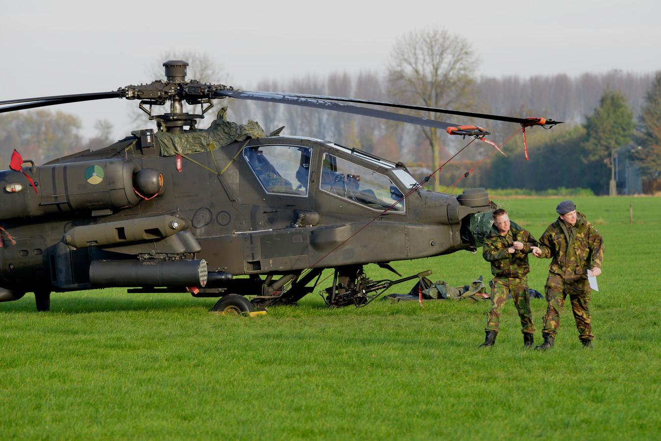 Onderzoek naar de  Apache helicopter die tijdens een laagvliegoefening de bliksemdraad van een hoogspanningslijn raakte.