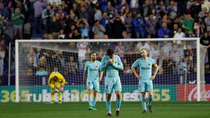 Geen seizoen zonder nederlaag: Barça verliest met 5-4 van laagvlieger Levante na onwaarschijnlijke partij