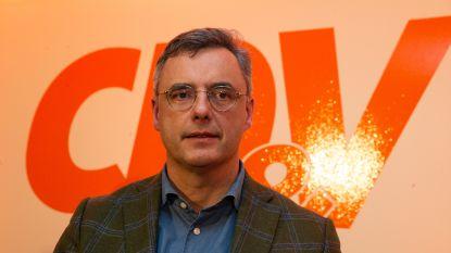 LIVE. Joachim Coens vertelt bij VTM Nieuws over nipte zege als CD&V-voorzitter