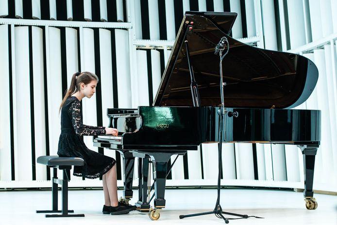Julia Nefedov.