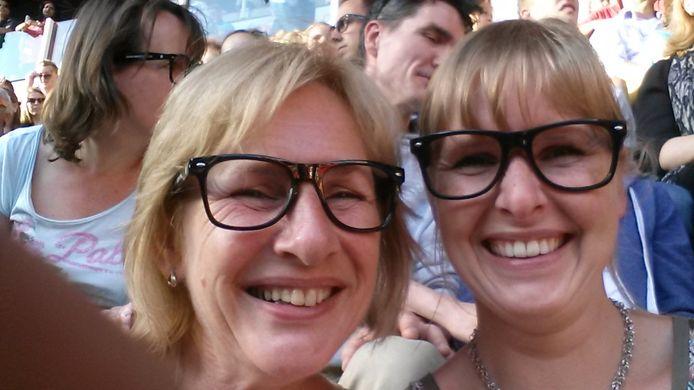 Kiki Hoogterp met haar moeder.