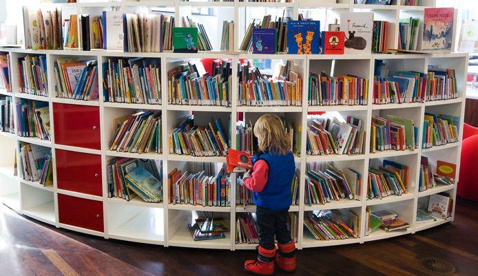 Kinderboeken in een openbare bibliotheek.