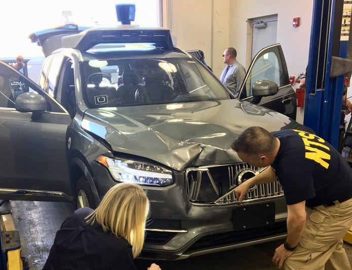 Amerikaanse autoriteiten onderzoeken de zelfrijdende Volvo XC90 waarmee de vrouw werd doodgereden