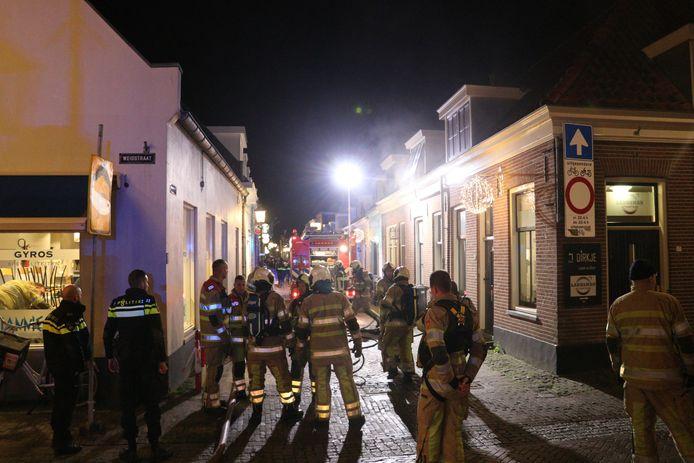 De brandweer was met veel materieel aanwezig in het centrum van IJsselstein.