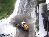 Modderstroom en sneeuw maken abrupt einde aan 19de etappe