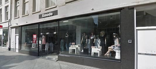 Het pand van X-mode in de Orthenstraat waar Dille & Kamille intrekt