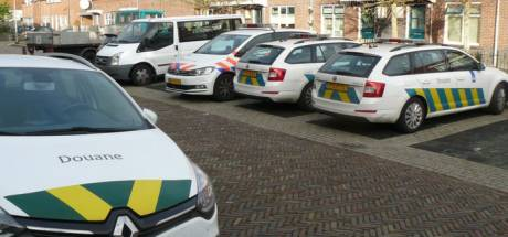 Marinus gaat ondanks politiebezoek gewoon door met zijn drankwinkeltje in Almelo