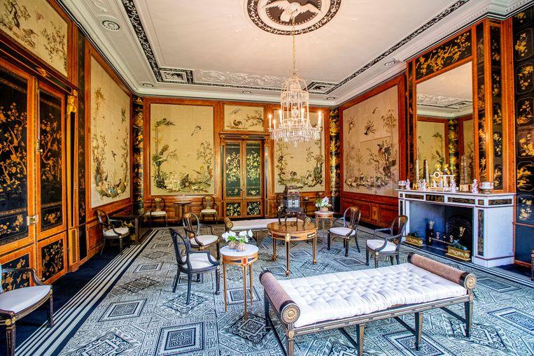 Een van de salons in het geheel gerestaureerde Paleis Huis ten Bosch.  Beeld null