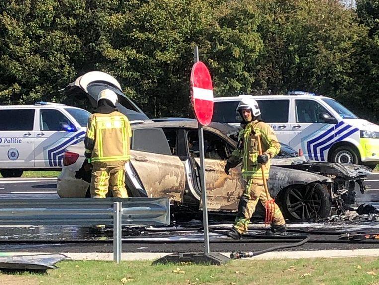De BMW vloog door een technisch defect in brand