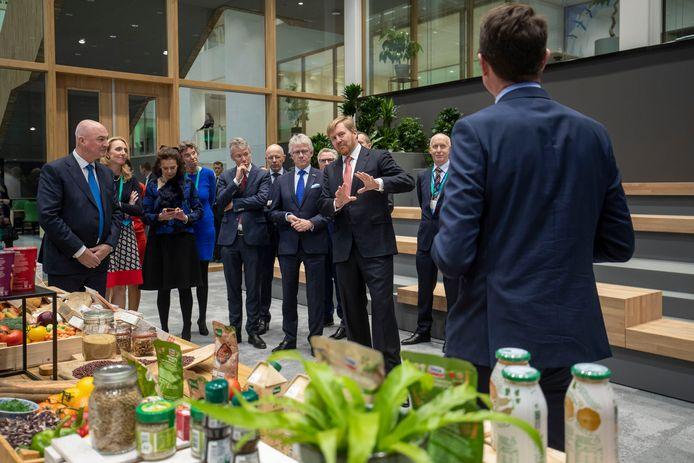 De opening van het onderzoekscentrum van Unilever door koning Willem-Alexander op de campus Wageningen UR.