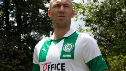 Arjen Robben (36) keert terug van voetbalpensioen en tekent bij FC Groningen, site meteen gecrasht