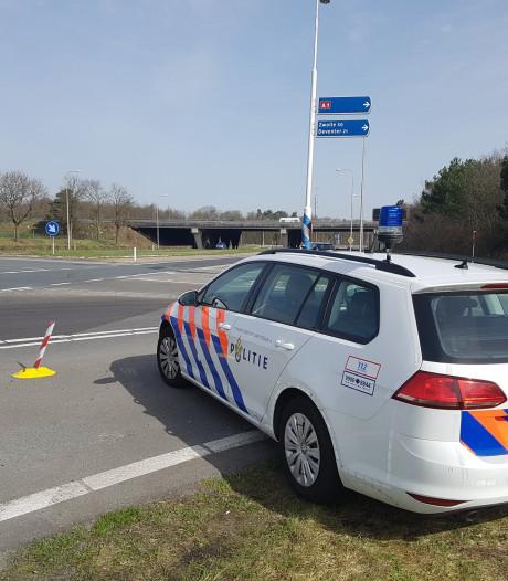 Rijbewijsloze en beschonken verkeersbandiet op de bon in Apeldoorn