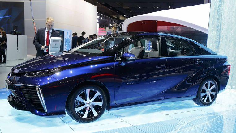 Rijdt de Toyota Mirai volgend jaar door heel Duitsland? Shell wil dat mogelijk maken. Beeld reuters