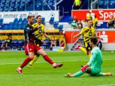Feyenoord verrast Dortmund en gaat na zege op MSV met Cup naar huis