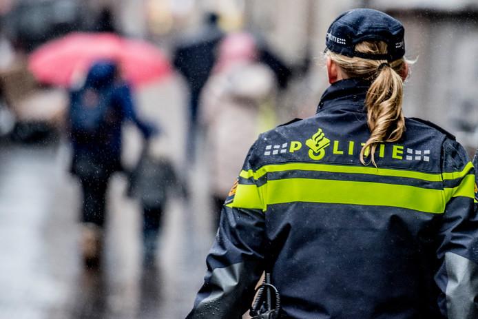 TVooral jonge agenten doen relatief veel nachtdiensten, omdat de meeste oudere collega's  daarvan zijn vrijgesteld.
