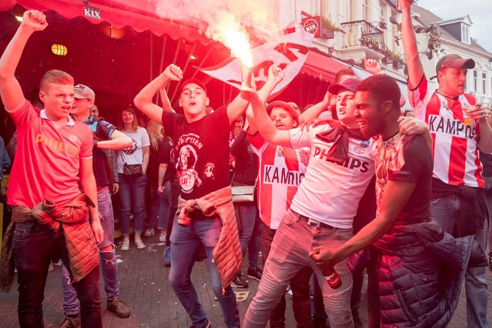 EINDHOVEN - Stratumseind PSV wint kampioenschap
