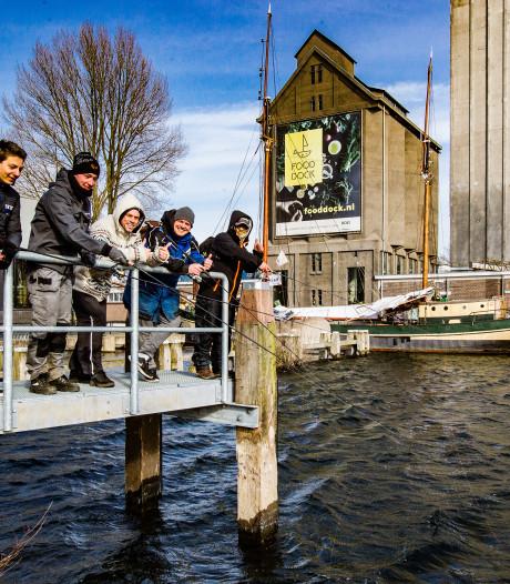 Bij stadsvissen is het applaus nooit ver weg, zaterdag is dat in Deventer te horen