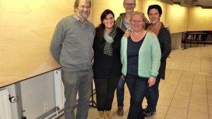 Enige fotoclub van Deinze houdt het voor bekeken: Klik zet tijdens kermisweekend laatste keer vijftigjarigen van Hansbeke in de kijker
