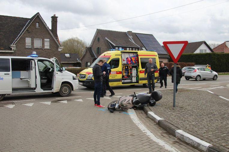 De onfortuinlijke vrouw kwam aan de overzijde van de zijstraat ten val.
