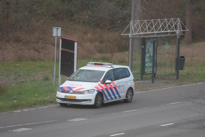 Politiecontroles op belangrijke uitvalswegen, zoals hier op de John F. Kennedylaan in Eindhoven.