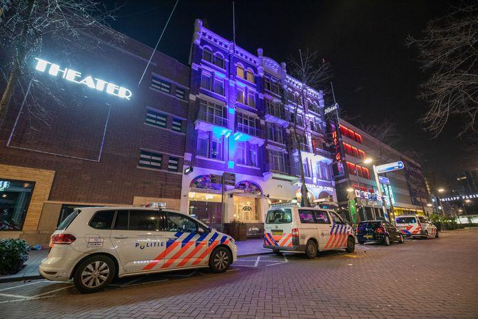 Het hotel aan de Kruiskade