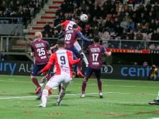 LIVE | Willem II geeft het volledig weg na gelijkmaker Llonch en aansluitingstreffer Nunnely: 4-2